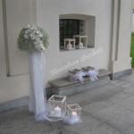 esterno Santuario con sfere e candele
