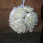 bouquet a sfera con peonie